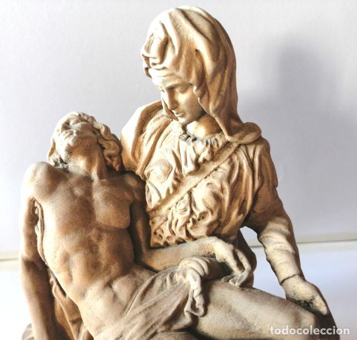 Arte: LA PIEDAD * FIGURA ESCULTURA RELIGIOSA TALLA PASTA DE MADERA * Medida ---) Altura 17 cms. - Foto 7 - 242132460