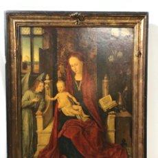 Art: RETABLO ANTIGUO DE MADERA DE LA VIRGEN Y EL NIÑO. Lote 243619260