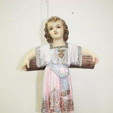 Arte: FIGURA NIÑO JESÚS SOBRE LA CRUZ. Lote 243967935