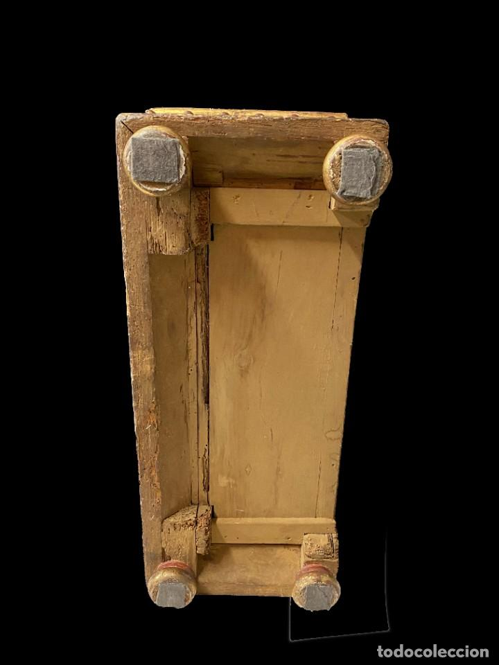 Arte: Antigua arqueta, cobre, baúl, arca, caja dorada al oro fino. Sacristía. Barroca. XVIII. 74x50x32 - Foto 5 - 244859665