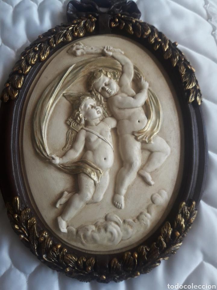 Arte: Dos cuadros de ángeles de resina - Foto 2 - 247078790