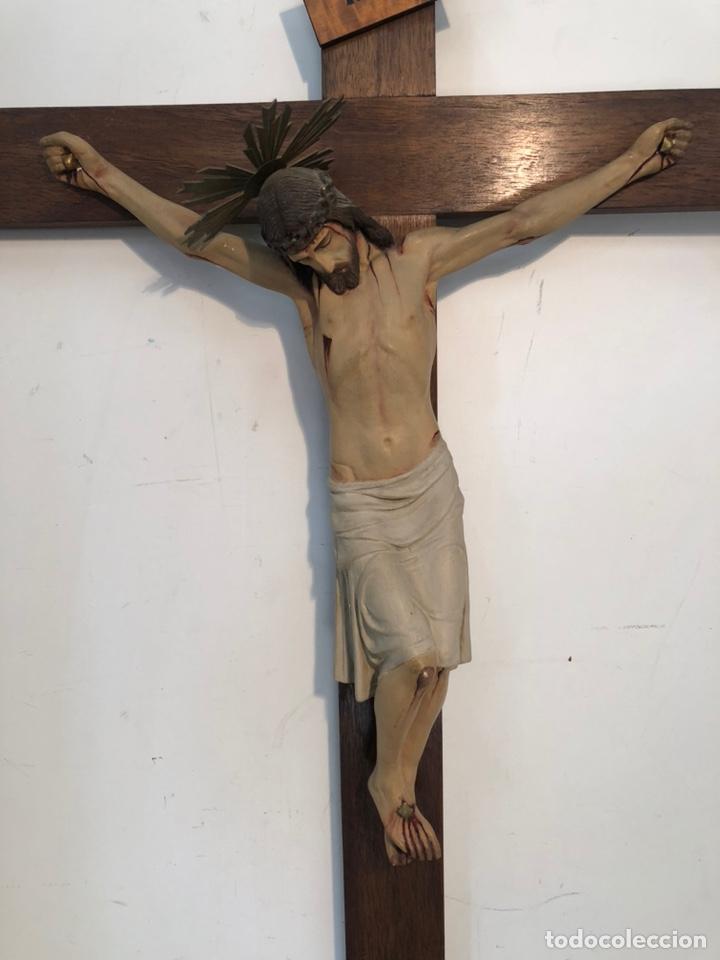 Arte: ANTIGUA CRUZ DE ALTAR, CRISTO DE ESTUCO. 80CM. - Foto 2 - 247470450