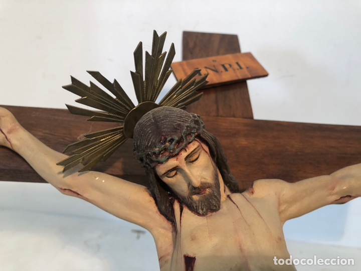 Arte: ANTIGUA CRUZ DE ALTAR, CRISTO DE ESTUCO. 80CM. - Foto 3 - 247470450