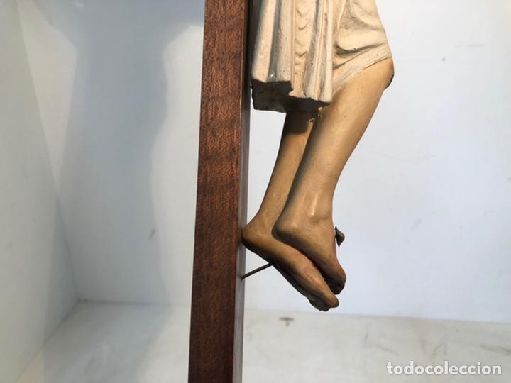 Arte: ANTIGUA CRUZ DE ALTAR, CRISTO DE ESTUCO. 80CM. - Foto 11 - 247470450