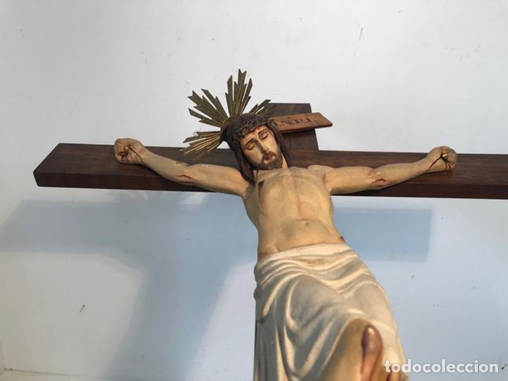 Arte: ANTIGUA CRUZ DE ALTAR, CRISTO DE ESTUCO. 80CM. - Foto 12 - 247470450