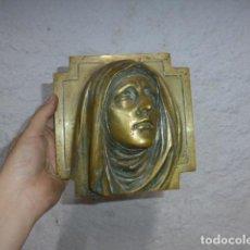 Arte: ANTIGUA ESCULTURA DE BRONCE DE LA VIRGEN, RELIGIOSA. ORIGINAL.. Lote 251437100