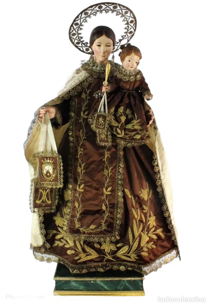 GRAN VIRGEN DEL CARMEN CON NIÑO. CAP POTA EN MADERA, OJOS CRISTAL, SEDAS, BORDADOS. CA 1880. 97CM. (Arte - Arte Religioso - Escultura)