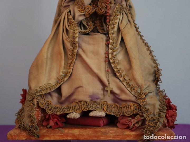 Arte: La Piedad y Cristo Crucificado. Madera tallada revestida con ropas. 72 x 24 cm. S. XIX. - Foto 8 - 176605900
