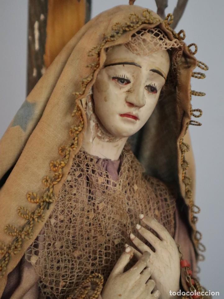 Arte: La Piedad y Cristo Crucificado. Madera tallada revestida con ropas. 72 x 24 cm. S. XIX. - Foto 19 - 176605900
