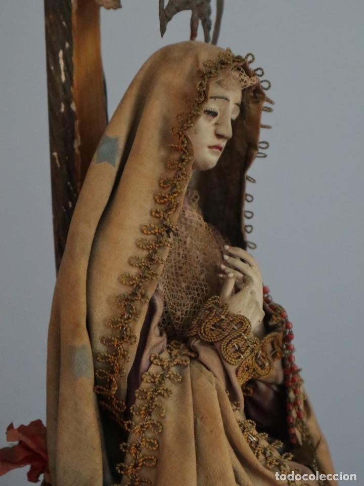Arte: La Piedad y Cristo Crucificado. Madera tallada revestida con ropas. 72 x 24 cm. S. XIX. - Foto 21 - 176605900