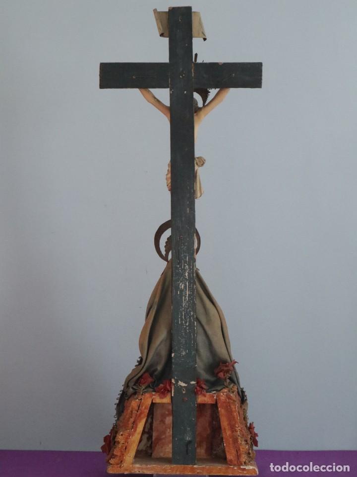 Arte: La Piedad y Cristo Crucificado. Madera tallada revestida con ropas. 72 x 24 cm. S. XIX. - Foto 28 - 176605900