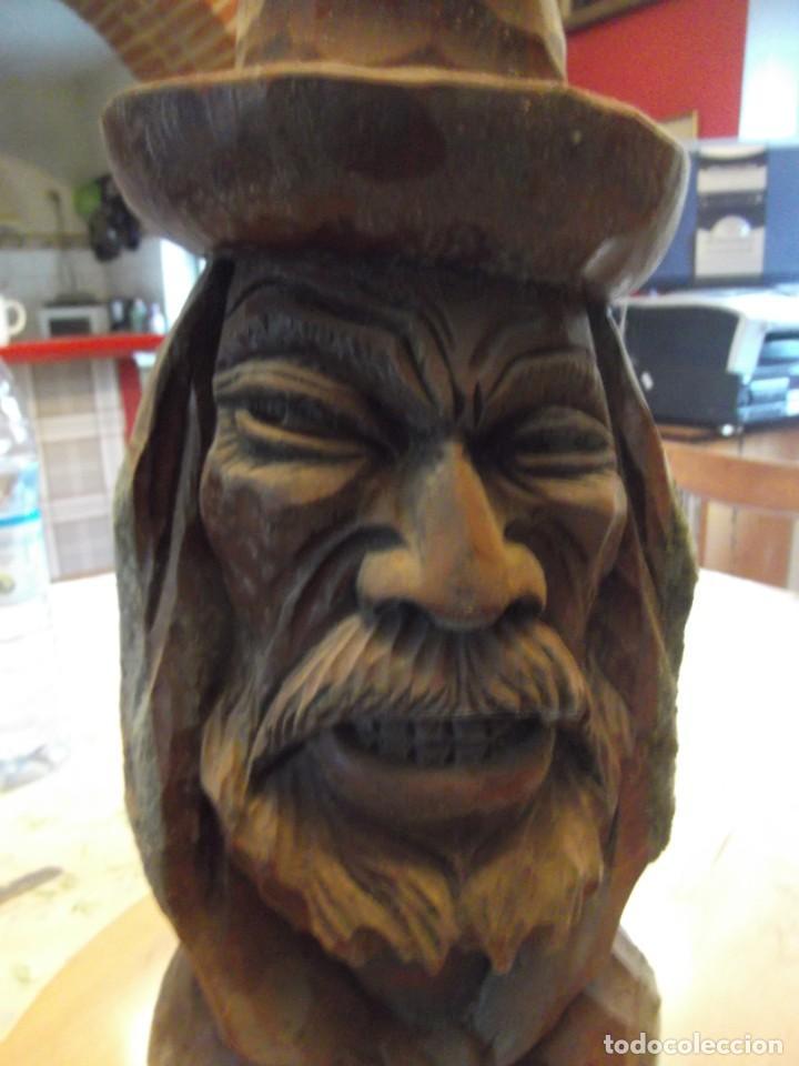 Arte: Antigua y gran escultura de madera , Altura 35 cm X 18 cm de circunferencia - Foto 2 - 254579980