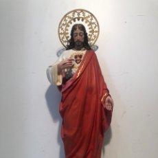 Arte: PRECIOSO SAGRADO CORAZON DE JESUS DE PASTA MADERA. ARTE CRISTIANO OLOT. SIGLOXIX. 42CM.. Lote 255335605