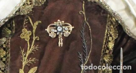 Arte: Gran Virgen del Carmen con niño. Cap pota en madera, ojos cristal, sedas, bordados. ca 1880. 97cm. - Foto 6 - 247953185
