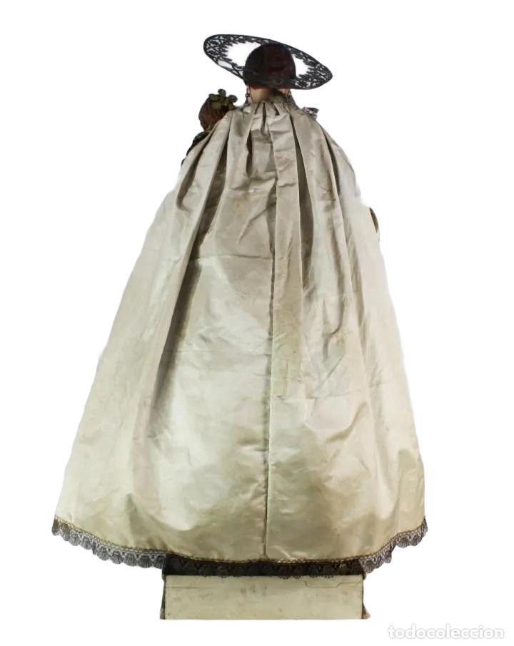 Arte: Gran Virgen del Carmen con niño. Cap pota en madera, ojos cristal, sedas, bordados. ca 1880. 97cm. - Foto 8 - 247953185