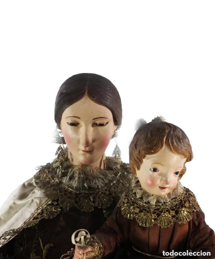 Arte: Gran Virgen del Carmen con niño. Cap pota en madera, ojos cristal, sedas, bordados. ca 1880. 97cm. - Foto 11 - 247953185