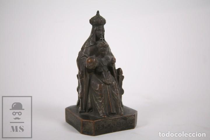 ANTIGUA ESCULTURA RELIGIOSA DE METAL - VIRGEN DE MONTSERRAT / MORENETA - FINALES SIGLO XIX - 12CM (Arte - Arte Religioso - Escultura)