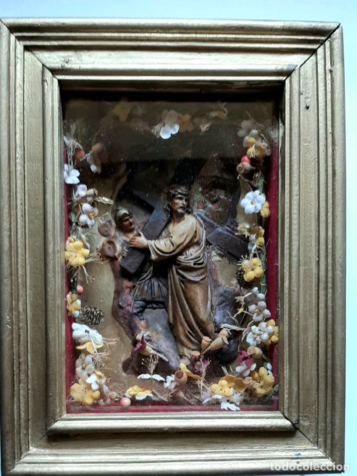 Arte: ANTIGUO ALTAR RETABLO EN RELIEVE , FILIGRANA Y FLORES, SIGLO 19 -RELICARIO DE LA PASION DE CRISTO - Foto 4 - 259012230