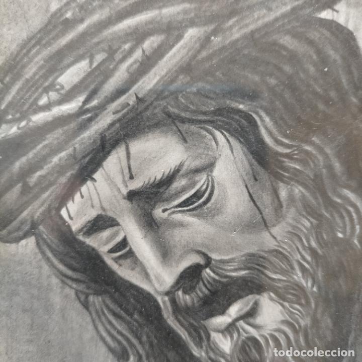 Arte: 1968 dibujo lapiz carboncilla carboncillo cristo JESUS DE PASION semana santa sevilla marco madera - Foto 2 - 259251115