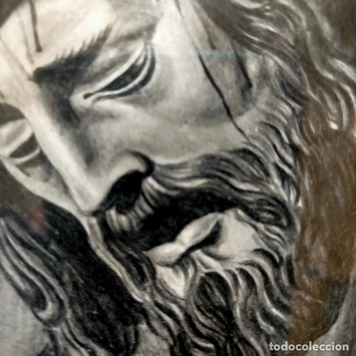 Arte: 1968 dibujo lapiz carboncilla carboncillo cristo JESUS DE PASION semana santa sevilla marco madera - Foto 8 - 259251115