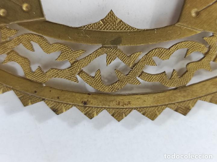 Arte: Preciosa Corona para Virgen, Santo - Latón cincelado - Decoración con Cristal - Diámetro 15 cm - Foto 11 - 260710550