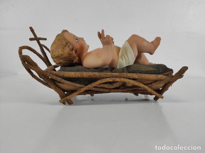 Arte: Niño Jesús con Cuna - Estuco Policromado - Sello Dimosa, Olot - Altura Niño 35 cm - Foto 16 - 260733320