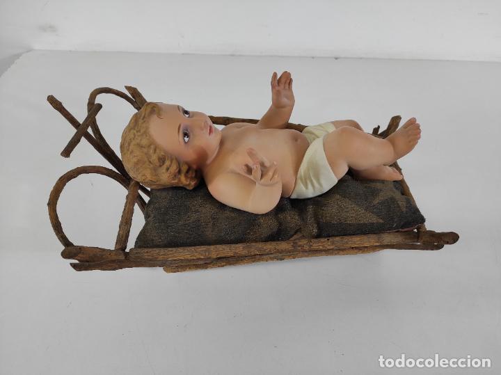 Arte: Niño Jesús con Cuna - Estuco Policromado - Sello Dimosa, Olot - Altura Niño 35 cm - Foto 17 - 260733320