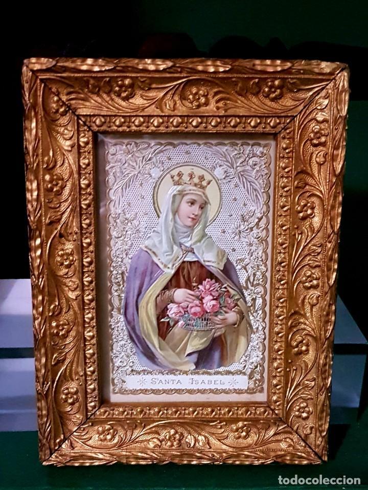 CONSERVADA Y ANTIGUA ESTAMPA SANTA ISABEL EN RELIEVE Y CALADA PP.SG.XX. ENMARCADA (Arte - Arte Religioso - Litografías)