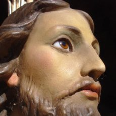Arte: MAJESTUOSO CRISTO REY EL ARTE CRISTIANO DE OLOT. Lote 262382365