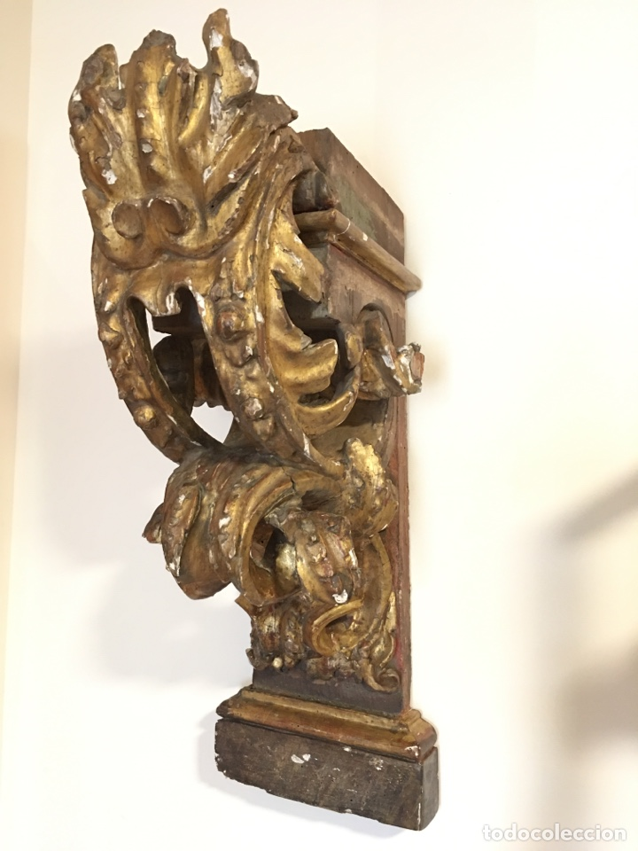 ANTIGUA MENSULA, PEDESTAL DE MADERA POLICROMADA DE ANTIGUO RETABLO DE IGLESIA - SIGLO XVII-XVIII (Arte - Arte Religioso - Retablos)