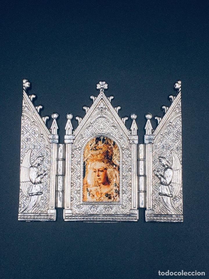 Arte: ANTIGUO TRIPTICO RELIGIOSO DE LA VIRGEN MACARENA DE SEVILLA - Foto 2 - 262810280