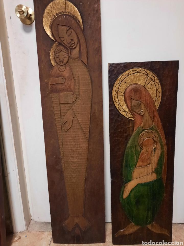 TABLAS MADERA TALLADA RELIEVE VIRGEN CON EL NIÑO (Arte - Arte Religioso - Retablos)