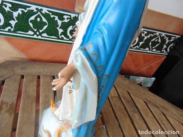 Arte: FIGURA EN ESTUCO POLICROMADO CON BASE DE MADERA NO ESTA SELLADO OLOT VIRGEN DE LA MEDALLA MILAGROSA - Foto 18 - 263736130
