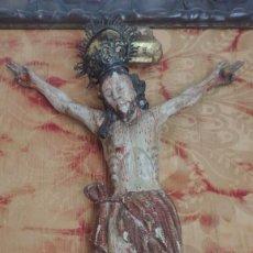 Arte: ESCUELA COLONIAL ESPAÑOLA, CRISTO CRUCIFICADO, CRISTO DE TRES CLAVOS REPRESENTADOS MEDIANTE CORALES. Lote 265321939