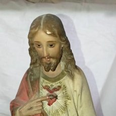 Arte: SAGRADO CORAZON EN ESCAYOLA - OLOT. Lote 267427209