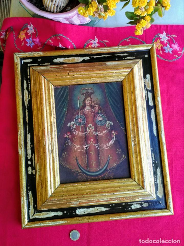 MARCO CON PINTURA CUZQUEÑA ANTIGUA (Arte - Arte Religioso - Pintura Religiosa - Oleo)