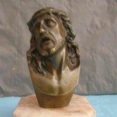 Arte: ANCIEN BUSTE DU CHRIST EN BRONZE, SOCLE EN MARBRE HAUTEUR 14CM. Lote 268957194