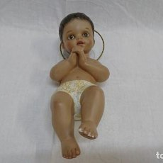Arte: NIÑO JESÚS EN ESCAYOLA O YESO, TIPO OLOT, 23 CM. Lote 271554338