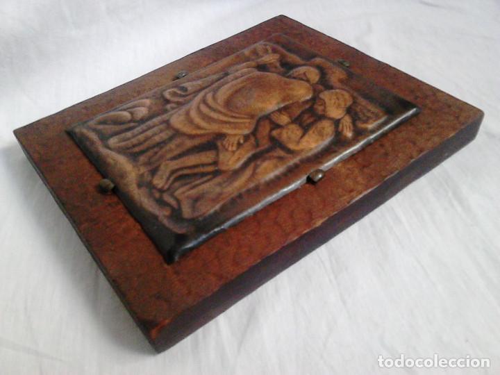 Arte: Crist a la creu. Metall i fusta. Obra de Francesc Gassó - ART CATALÀ - Foto 2 - 184742211