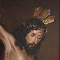 Arte: CRISTO CRUCIFICADO. OBRA DE SÁNCHEZ BARRERA (SEVILLA). ÓLEO SOBRE LIENZO. MIDE 59 X 44 CM.. Lote 272142223