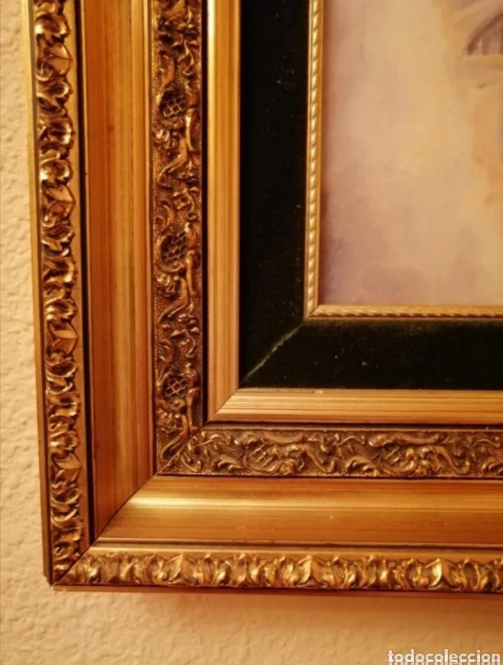 Arte: Marco dorado con relieves y parpastu de terciopelo verde - Foto 3 - 276272973