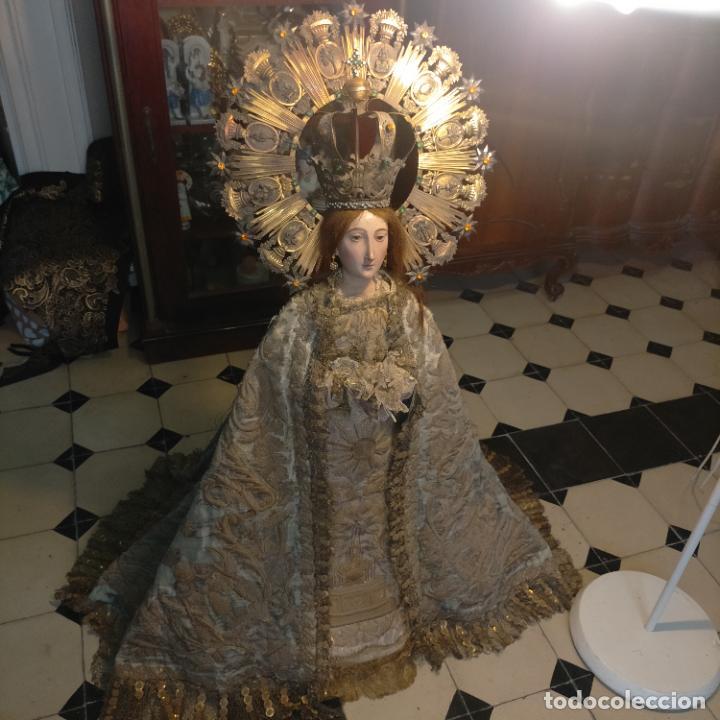 IMPRESIONANTE ANTIGUA VIRGEN MADERA 108 CM CORONA TRAJE BORDADO PELUCA MANTO SAYA PEANA SEMANA SANTA (Arte - Arte Religioso - Escultura)