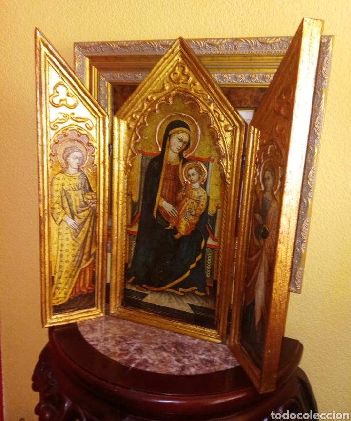 Arte: RETABLO - TRIPTICO RELIGIOSO - VIRGEN MARIA Y ARCANGELES - MADERA Y PAN DE ORO - MUY ORNAMENTADO - Foto 3 - 277135368