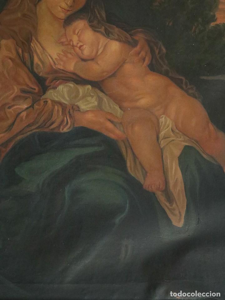 Arte: La Sagrada Familia. Óleo sobre lienzo con dimensiones de 88 x 63 cm. Med. S. XX. - Foto 10 - 277538108