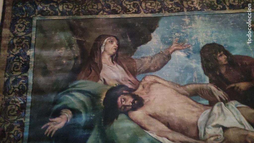 Arte: TAPIZ PINTADO, DESCENDIMIENTO DE JESUS, UNICO EN T.C. 100 AÑOS - Foto 5 - 278401348