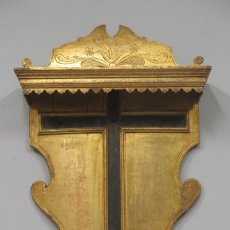 Arte: ALTAR O PORTACRUZ DE MADERA EN PAN DE ORO. SIGLO XVIII. Lote 283285128