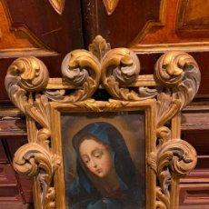 Arte: CUADRO DE VIRGEN PINTADO EL COBRE 1732 Y MARCO MADERA TALLADA CON INDULGENCIA. Lote 285148388