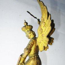 Arte: PRECIOSA FIGURA SAN MIGUEL EN BRONCE AL ORO 1890 BRONZE FRENCH SCULPTURE SAINT MICHEL SIGNED. Lote 285360678