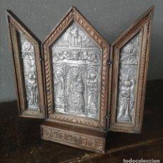Art: ANTIGUA TRIPTICO CATEDRAL DE VALENCIA EN PLATA REPUJADA Y ROBLE FECHADA 13 MAYO 1923. Lote 286828318