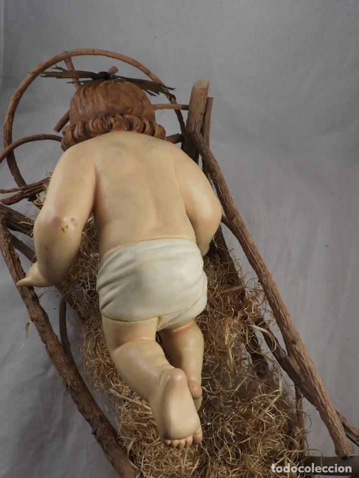 Arte: NIÑO JESUS DE ESTUCO POLICROMADO EN SU CUNA - Foto 7 - 289543163